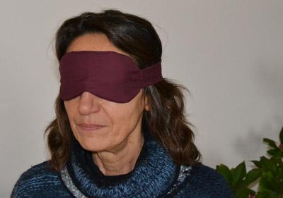 Mascherina per coprire gli occhi